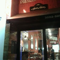 Photo taken at Pizzaria do Pedaço by Barbara B. on 9/15/2012
