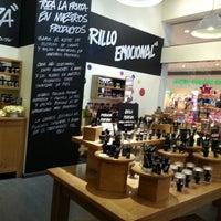 Photo taken at LUSH Fresh Handmade Cosmetics by Ia G. on 11/19/2012