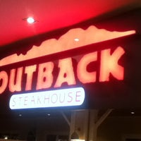 Foto tirada no(a) Outback Steakhouse por Bruno C. em 2/12/2013