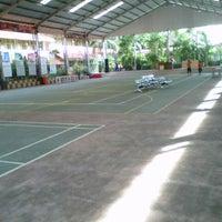 Photo taken at SMK Negeri 4 Malang by atika f. on 7/11/2013