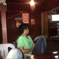 Photo taken at Kedai Mek (YINAVIN Seafood) by Abdul Alim A. on 11/18/2012