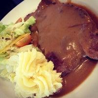 Photo taken at corner bakery cafe by Ivy C. on 12/29/2012
