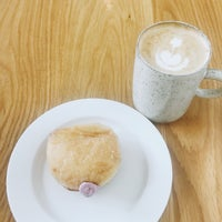 Photo taken at General Porpoise Coffee & Doughnuts by Zoe Z. on 10/8/2017