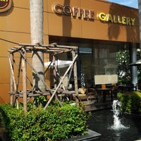 Photo taken at Coffee Gallery by Chiu J. on 12/22/2012