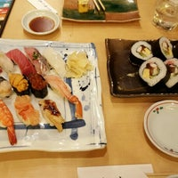 Photo taken at Tsukiji Sushiko by youngmin K. on 11/25/2015