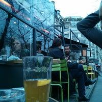 Foto diambil di Delaville Café oleh Christophe D. pada 4/16/2013