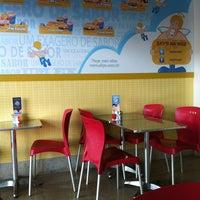 Foto tirada no(a) Sky's Burger por Guida F. em 12/30/2012