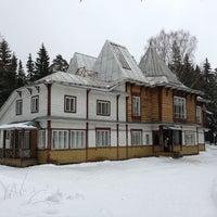 Снимок сделан в Пенаты пользователем Андрей Р. 2/10/2013