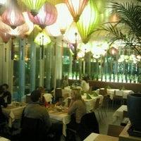 breitengrad 17 vietnamese restaurant in mitte. Black Bedroom Furniture Sets. Home Design Ideas