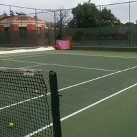 Photo taken at Performans Tenis Akademisi Cemile Sultan Korusu by Gurcay D. on 8/1/2015