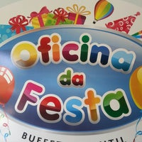Photo taken at Oficina Da Festa by Rafael D. on 2/20/2013