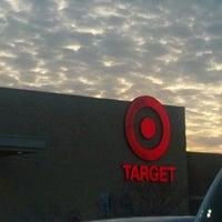 Das Foto wurde bei Target von Bryan R. am 1/2/2013 aufgenommen