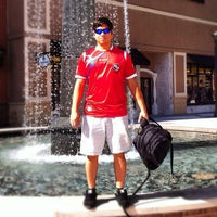 Photo taken at Apple Mall of Louisiana by Gabriel H. on 11/13/2012