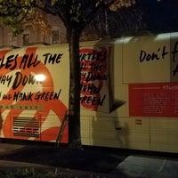 Foto scattata a Revolution Hall da Brett N. il 10/31/2017