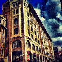 Снимок сделан в Legacy Ottoman Hotel пользователем Nurali P. 11/21/2012