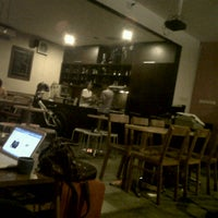 Photo taken at Coffeewar by Hikmat D. on 9/21/2012
