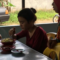 Photo taken at Warung Uncle Same by Ahmad Z. on 2/11/2017
