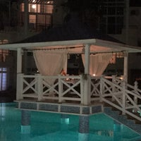 Photo taken at Seahorse Deluxe Hotel by Ebru Y. on 9/2/2017