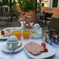 Photo taken at Bella Venezia Hotel Corfu by Sergi C. on 8/25/2013