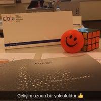 Photo prise au Sabanci Universitesi Yonetim Bilimleri Fakultesi par Meda le9/22/2016