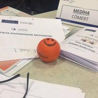 Photo prise au Sabanci Universitesi Yonetim Bilimleri Fakultesi par Meda le11/15/2016
