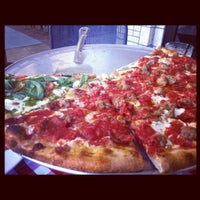 Photo taken at Grimaldi's Pizzeria by Audrey S. on 12/19/2012