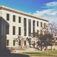 Foto tirada no(a) Cushing Memorial Library and Archives por Fernando G. em 10/5/2013