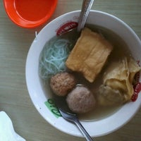 Photo taken at Bakso Cak Kar Wong Singosari by Luluk W. on 9/17/2012