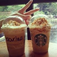 Das Foto wurde bei Starbucks Reserve von Karina M. am 5/27/2013 aufgenommen