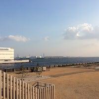 Photo taken at 尼崎の森中央緑地 by Yasushi O. on 3/7/2015