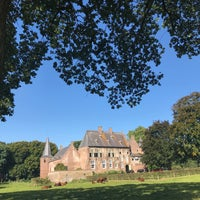 Photo taken at Kasteel Hernen by Jacco on 9/23/2017