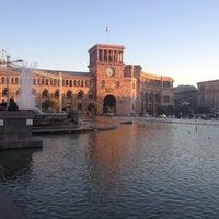 Снимок сделан в Площадь Республики пользователем Tanya P. 10/29/2012