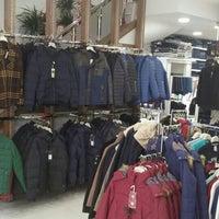 Photo taken at Çöl Pazarı by Ihsan B. on 12/1/2015