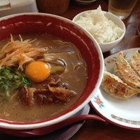 Photo taken at 徳島ラーメン 麺王 高松駅前店 by 島の剛腕 on 6/9/2013