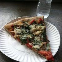 Photo taken at Pizza Prince by Rodolfo V. on 10/18/2012