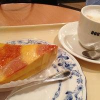 Photo taken at ドトールコーヒーショップ 読売ランド駅前店 by Maro on 12/24/2012