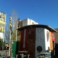 Foto tomada en McDonald's por Joan R. el 10/14/2012