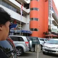 Photo prise au Pasar Pagi Mangga Dua par Ruddy K. le7/19/2013