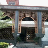 Photo taken at Masjid Raya At Taqwa Kota Cirebon by Ratu E. on 5/2/2013
