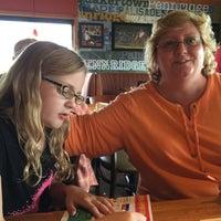 Photo taken at Applebee's Neighborhood Grill & Bar by Anita on 6/4/2015