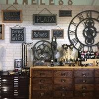 Снимок сделан в Timeless Barcelona пользователем Isabel A. 4/12/2014