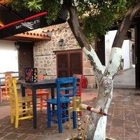 11/1/2012 tarihinde Peri T.ziyaretçi tarafından Sponge Pub'de çekilen fotoğraf