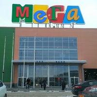 รูปภาพถ่ายที่ MEGA Mall โดย Demis K. เมื่อ 3/10/2013