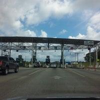 Foto tomada en Garita Peaje Autopista Panamá-Colón por Ipsen G. el 12/2/2012
