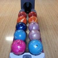 11/17/2012 tarihinde Mejaziyaretçi tarafından Planet Bowling'de çekilen fotoğraf