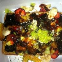 Foto tomada en Waffle Memet por Didem Ezgi el 7/19/2013