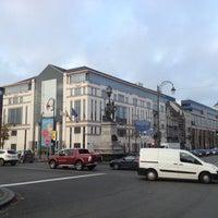 Photo taken at Ministère de la Fédération Wallonie-Bruxelles by Spinette J. on 11/20/2012