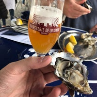 Photo taken at Oysters & Smørrebrød by Joni H. on 9/1/2017