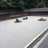 Photo prise au Ryoan-ji Temple par makoto k. le8/7/2013