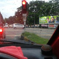 Photo taken at Traffic Light Sunny point and USM junction by Nazialita M. on 9/11/2013